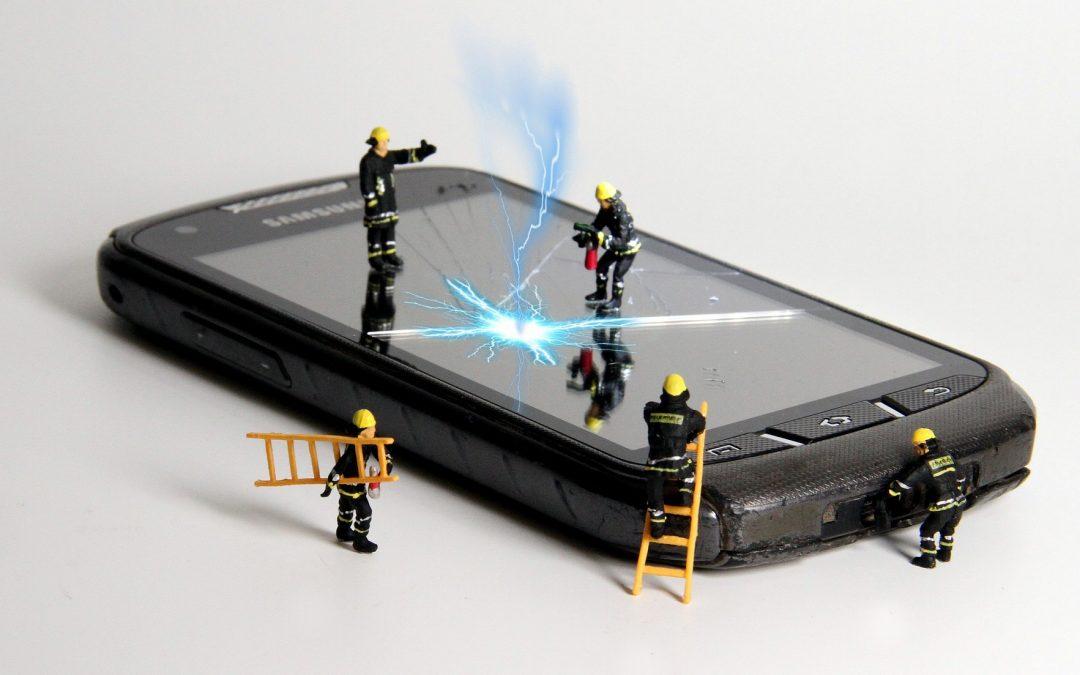 Reparar el teléfono ¿cuándo es rentable? ¿está cubierto por la garantía?